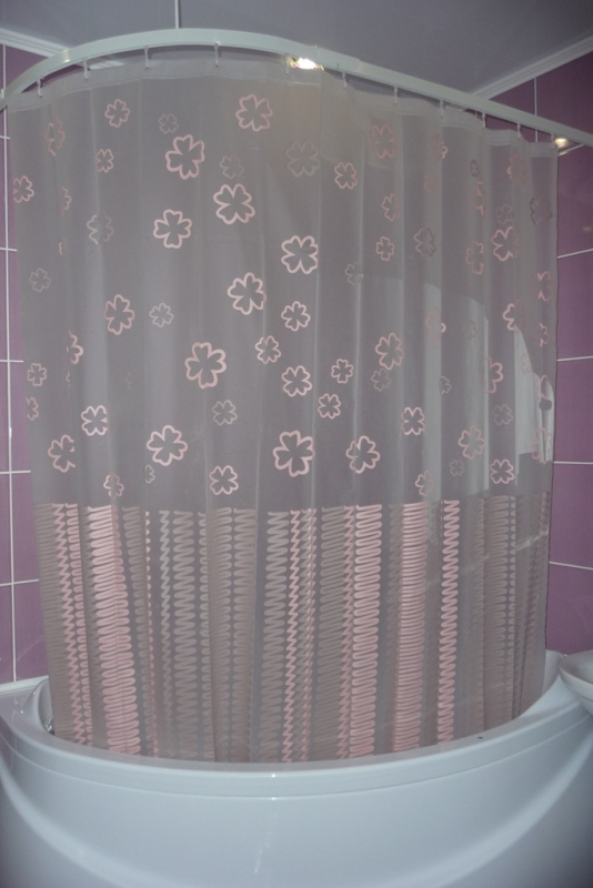 Шторка для угловой ванны фото