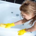 ручная чистка ванной