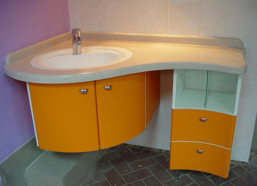 оранжевая тумба для ванной